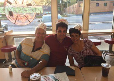 Krispy Kreme Javier, Lissette, Eddy 2017